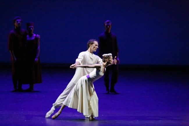 6new_bol_contemporary-evening_official-hd_-vyacheslav-lopatin-and-anastasia-stashkevich-cdamir-yusupov