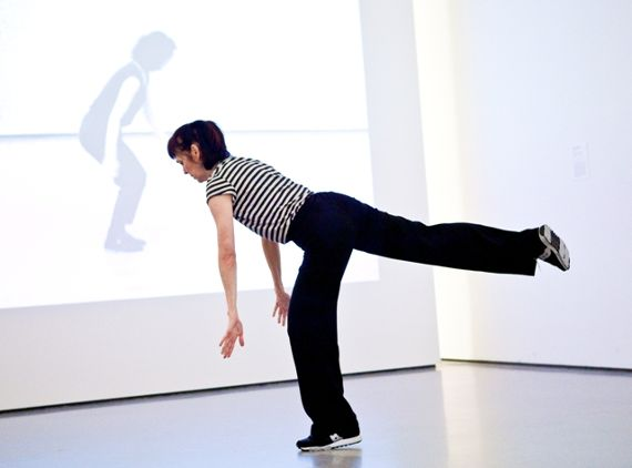 pat-catterson_museum-of-modern-art-in-2009-with-the-film-of-yvonne-rainer-doing-it-in-1978-behind-web